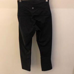 lululemon athletica Pants - Lululemon black crop legging, sz 4, 69026